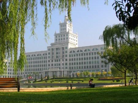 哈尔滨工业大学-中国政坛名声最响的10所大学图片