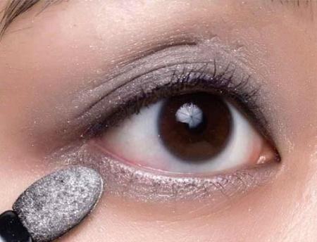如何眼妆步骤图解