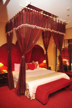 酒店情侣房间效果图