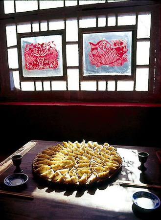 喜庆的传统之灯笼,窗花,彩灯会