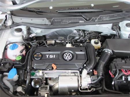 朗逸1.4tsi发动机图片