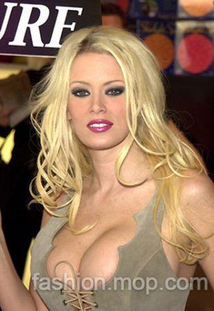 是美国色情电影界最红的女明星