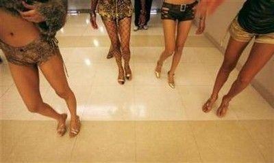 泰国禁止通过阉割睾丸变人妖