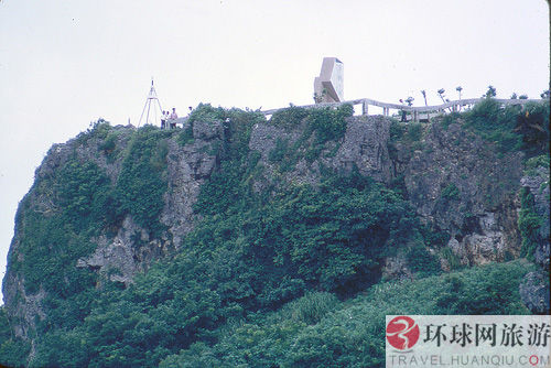冲绳岛是琉球群岛中的第一大岛