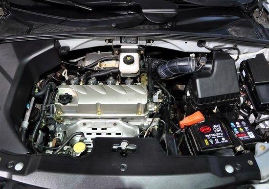 比亚迪s6发动机高清图片