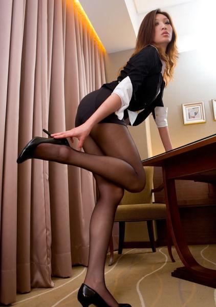 职场性感美女超短蕾丝花边黑丝袜