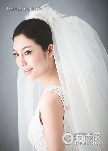 盘点时尚新娘最爱的6款头纱