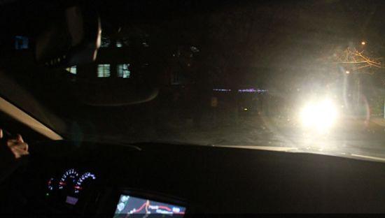 入学者必备 汽车灯光的基本使用方法高清图片