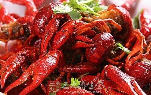 小龙虾吃错易中毒 如何食用才安全