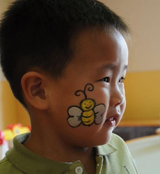 儿童脸部可爱彩绘
