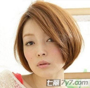 夏季轻松打理短发 打造减龄刘海编发