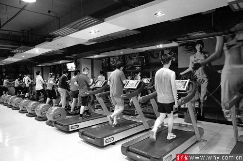 健身中心会员卡纠纷向来是消费维权中的热点问题。本报资料图 实习生 李之祺 记者 施培琦 摄