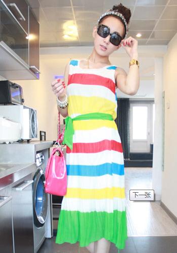 女性胖人服饰搭配 颜色和款式巧妙配合
