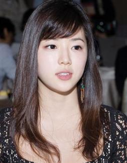 长脸额头窄适合的发型刘海完美修饰脸型图片