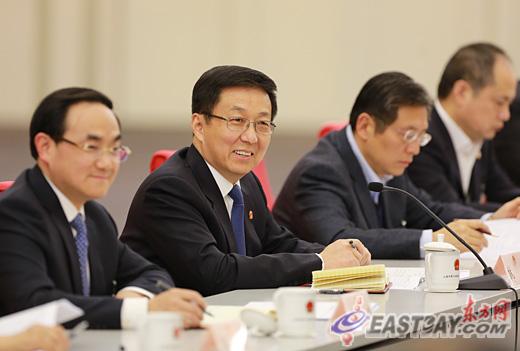 韩正参加浦东代表团审议