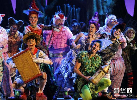 梦工厂首部音乐剧《怪物史瑞克》在沪开演