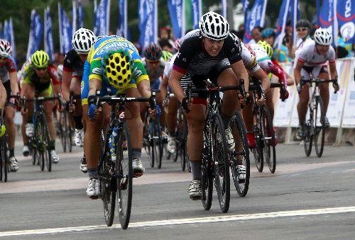 自行车国际自联女子公路世界杯赛赛况