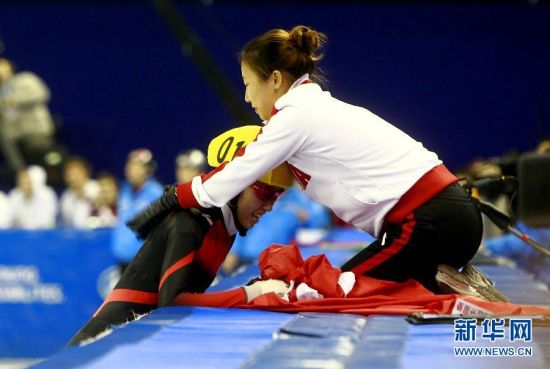 世锦赛范可新卫冕500米中国队实现五连冠