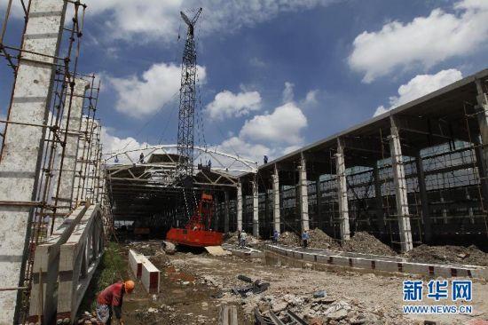 上海轨道交通11号线北段二期工程全线结构贯通