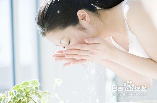 白醋洗脸的正确步骤是