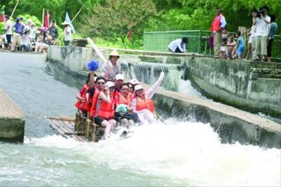 杭州双溪漂流竹筏