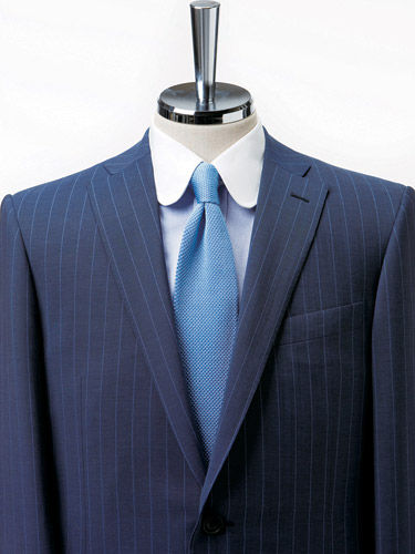 衬衫与领带的搭配之领口技巧