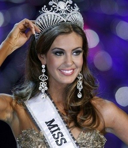 Shock win the Miss USA Miss World Champion Accountants
