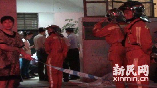 8岁女孩坠落电梯井道身亡。