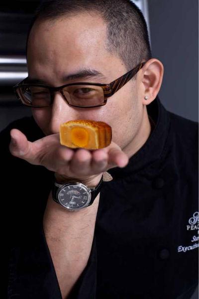 和平饭店携手著名厨师刘一帆打造2013月饼礼盒