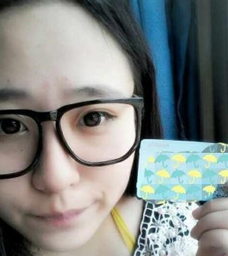 这位被称为中国最美女胖子的女孩名叫及伟