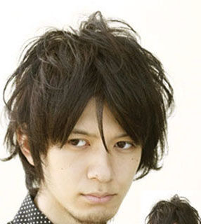 男士个性短发:卷发,小辫子