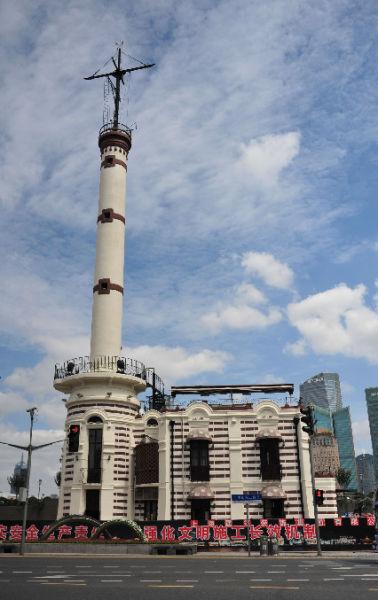 外滩百年气象信号塔修缮竣工