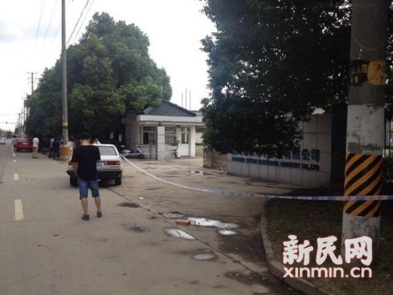 闵行景联路725号门口,一位海博出租车司机被杀害在车内。新民网资料图 萧君玮 摄