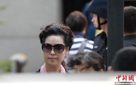 李天一翻供辩称未强奸 母亲梦鸽遭单独询问