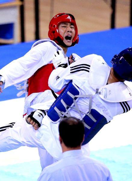 跆拳道男子80公斤以上级马兆勇获得冠军