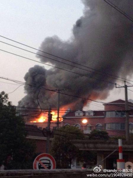 位于松江泗泾的上海女子监狱发生火情 图片来源:新浪微博