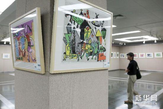 2013上海市中小学版画教学成果校际交流展开展