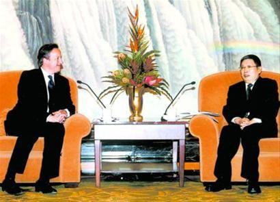 上海市长会晤英首相卡梅伦介绍自贸区建设