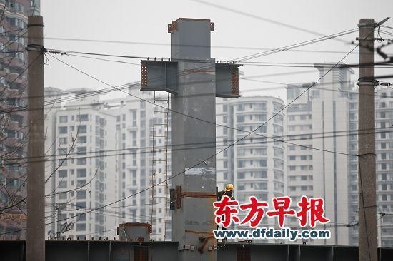 业内人士称,上海楼市已慢慢进入回暖轨道。杨一 早报资料
