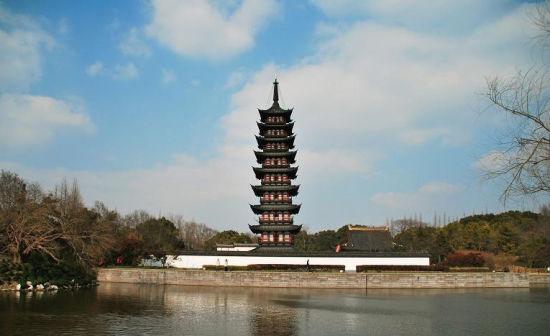 """上海松江興圣教寺塔(方塔)   興圣教寺塔,又稱""""方塔"""",位于上海市松江"""