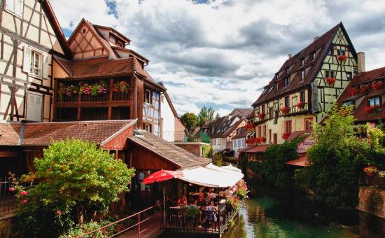 法国科尔马小镇-全球浪漫迷人的九个小镇 瑞士格林德尔瓦尔德等
