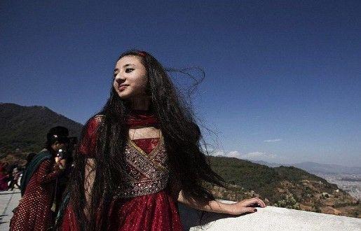 尼泊尔的奇特少女