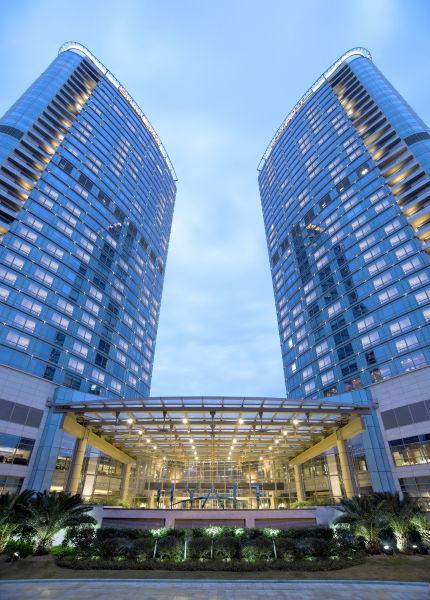 蓝天海鲜大酒店_三亚:蓝天白云,海鲜美食