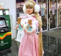 继乌克兰真人版芭比娃娃之后