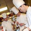 十大不同寻常的高薪工作 潜艇厨师年收入超18万美元