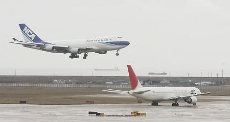 浦东机场将填海造地建第五跑道