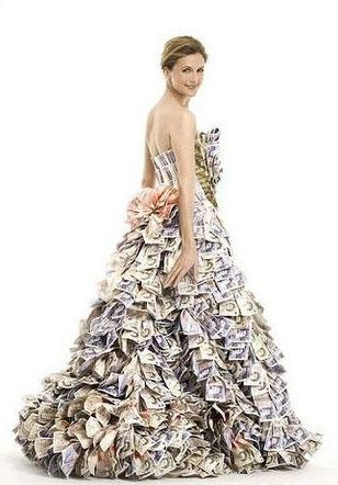 百万真钞制成的史上最贵婚纱(贴图)