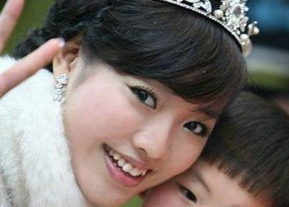 十大身家过亿美女富豪 少女总裁杨孟飞