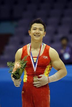 全国体操锦标赛:陈一冰获得吊环冠军