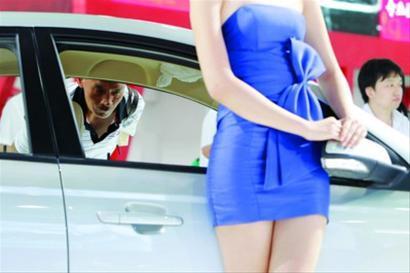浦东国际车展开幕促销给力 车模数量不及上海车展高清图片